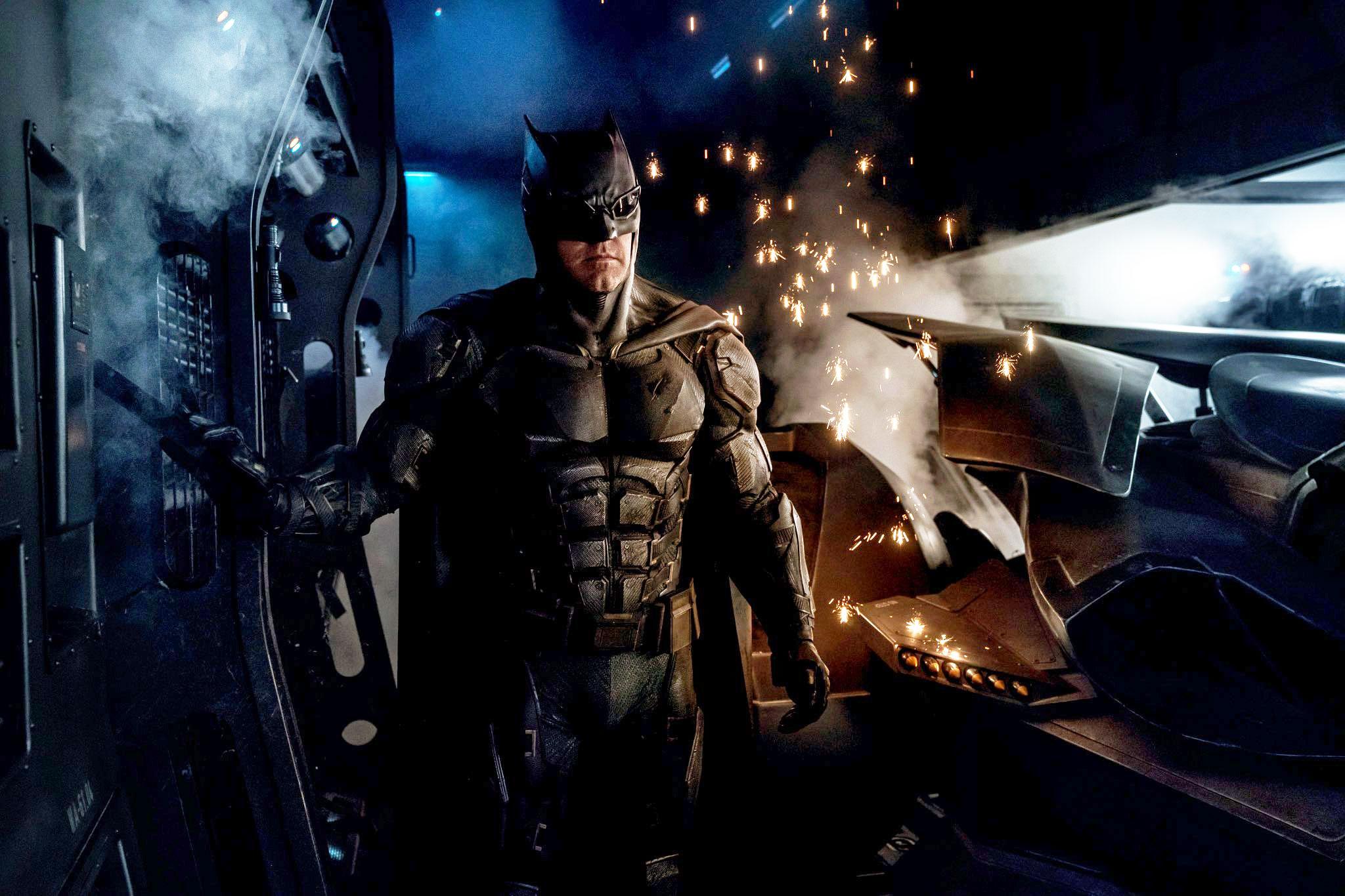 batman-tactical-suit